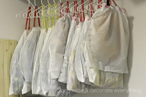 Hanging and storing in a closet