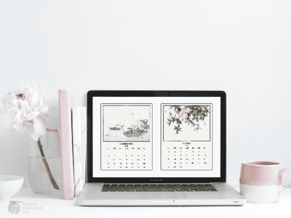 laptop with calendar screensaver