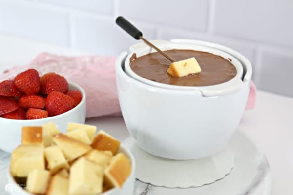 White bowl of chocolate fondue
