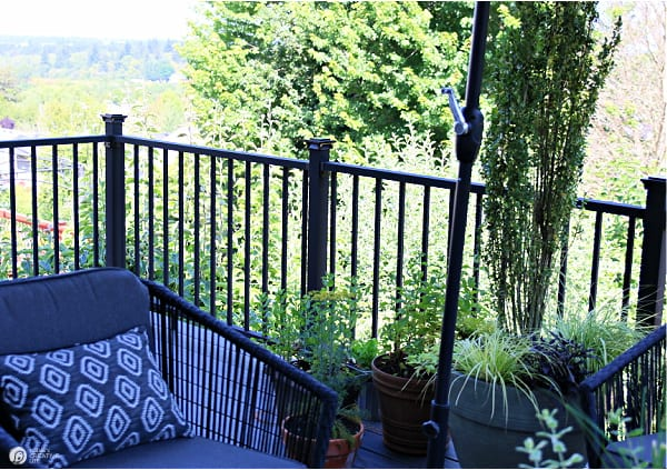 Deck Railing Black aluminum