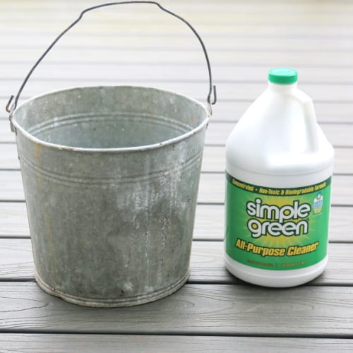 cleaning a composite deck with simple green